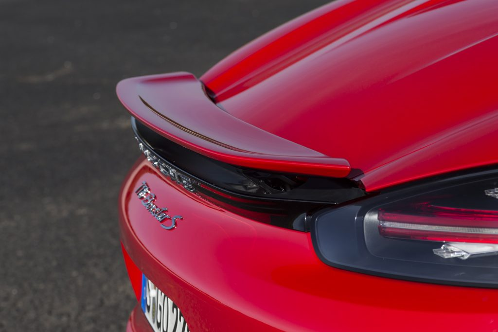 2017-Porsche-718-Boxter-1-2