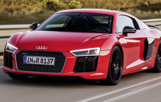 Audi-R8-V10-Plus-2016-Review