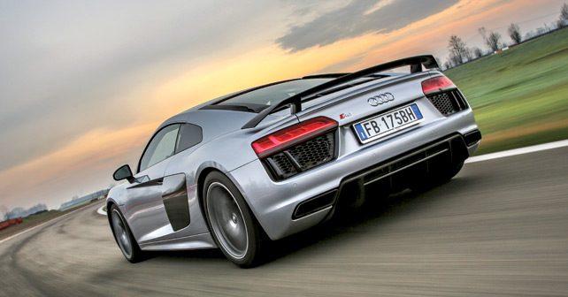 Audi-R8-V10-Plus-2016