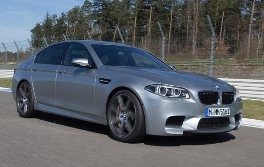 BMW-M5-2015-Review
