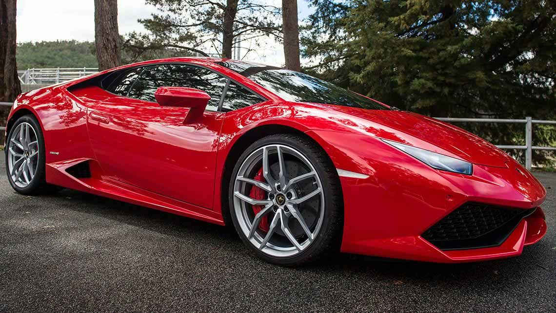 Lamborghini-Huracan-Reviews